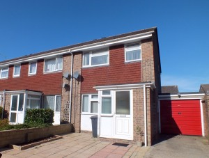 Modern 3 bedroom semi-detached house on Sandford Close