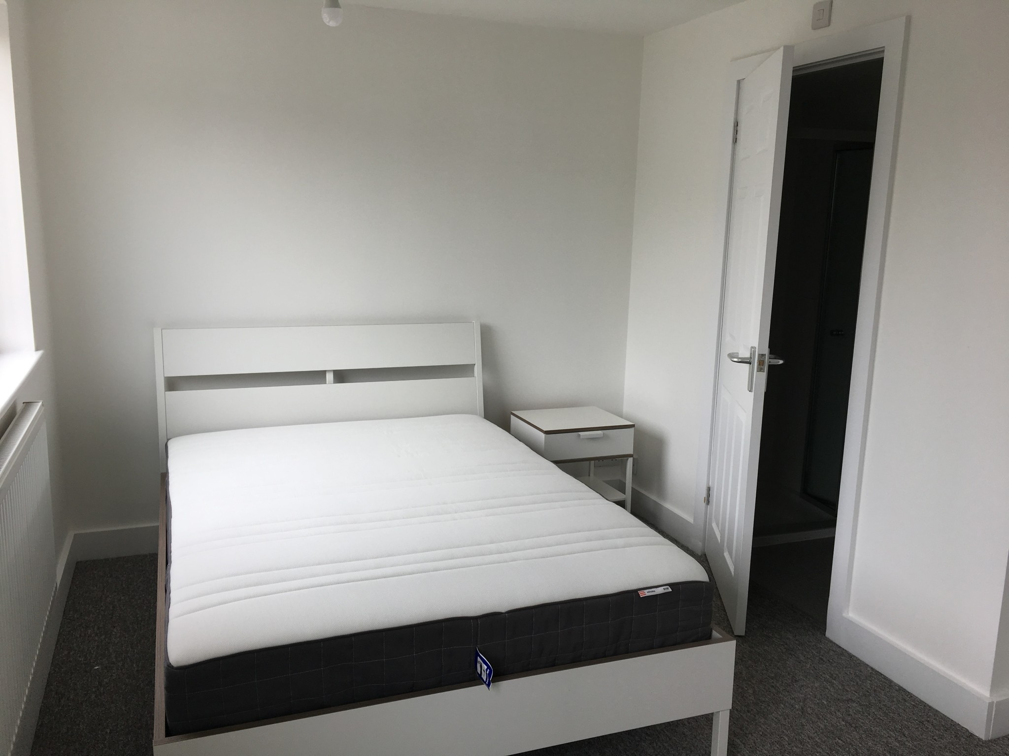 Newly refurbished house in Canford Heath – Double Room